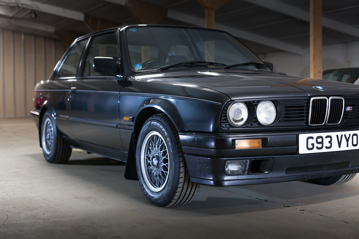 1990 bmw e30 318is sold wizard sports classics. Black Bedroom Furniture Sets. Home Design Ideas